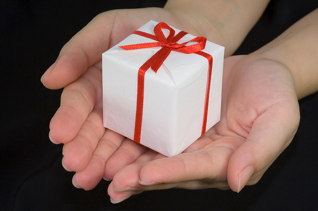 small gifts to keep good tenants